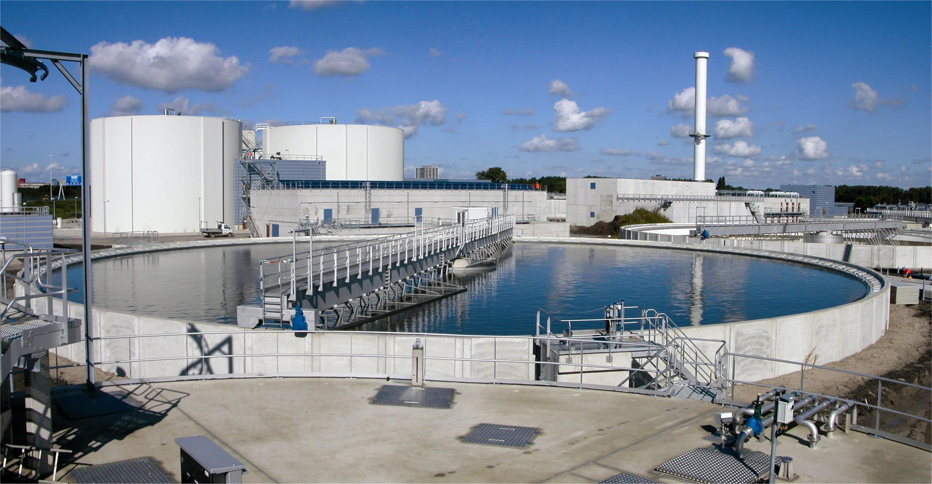 water treatment Water treatment solutions lenntech provides water treatment solutions for all type of applications, from domestic equipment to industrial turnkey plants up to 5000 m3/day our wide range of technologies and extended know-how in all water-related sectors will guarantee you a cost-efficient solution meeting your water quality requirements.